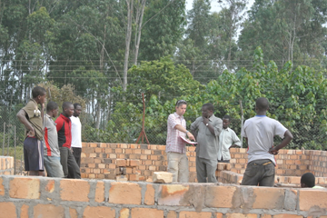 studio42-afrika-kagondo-bouwplaats-check